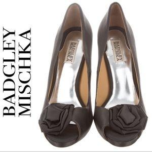Badgley Mischka Peep Toe Grey Satin Heels w Flower